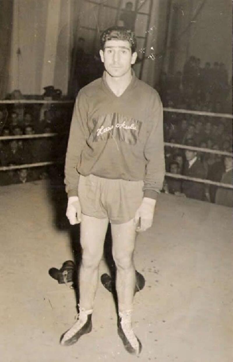 Türkiye'nin ilk milli boksörü hayatını kaybetti