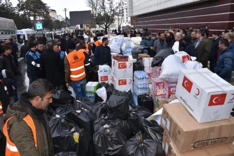 Tatvan'dan Elazığ'a yardım