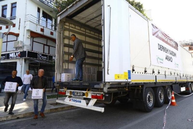 Manavgat'tan deprem bölgesine yardım