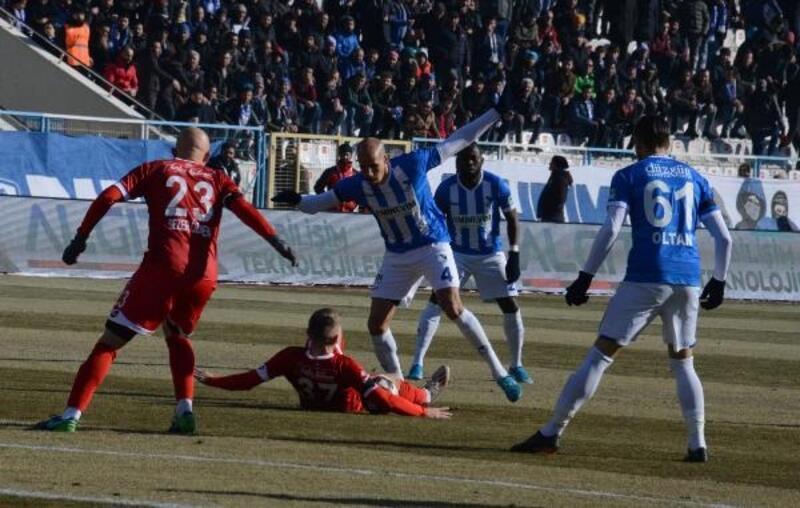 B.B. Erzurumspor - Ekol Hastanesi Balıkesirspor: 1-0