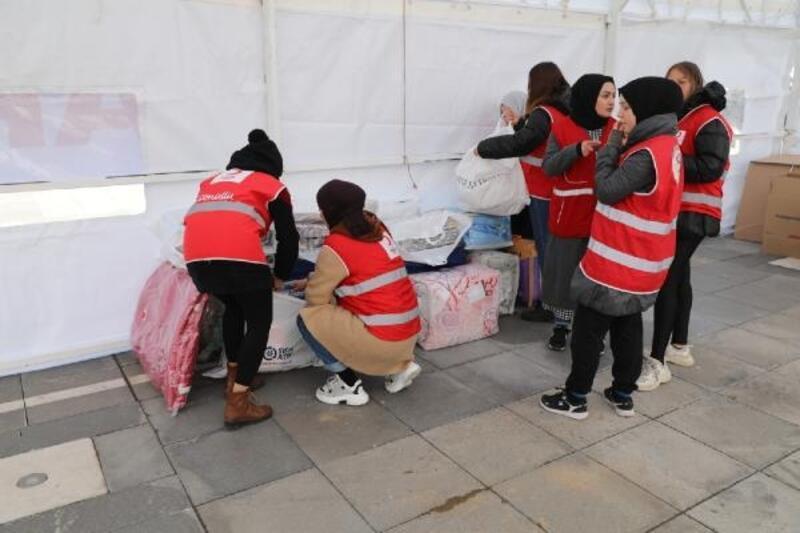 Amasya'dan depremzedelere yardım