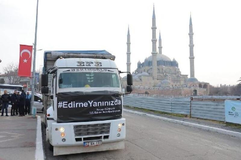 Edirne'den Elazığ'a bir kamyon dolusu  yardım malzemesi gönderildi