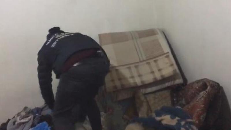 Zeytinburnu'nda uyuşturucu operasyonu kamerada