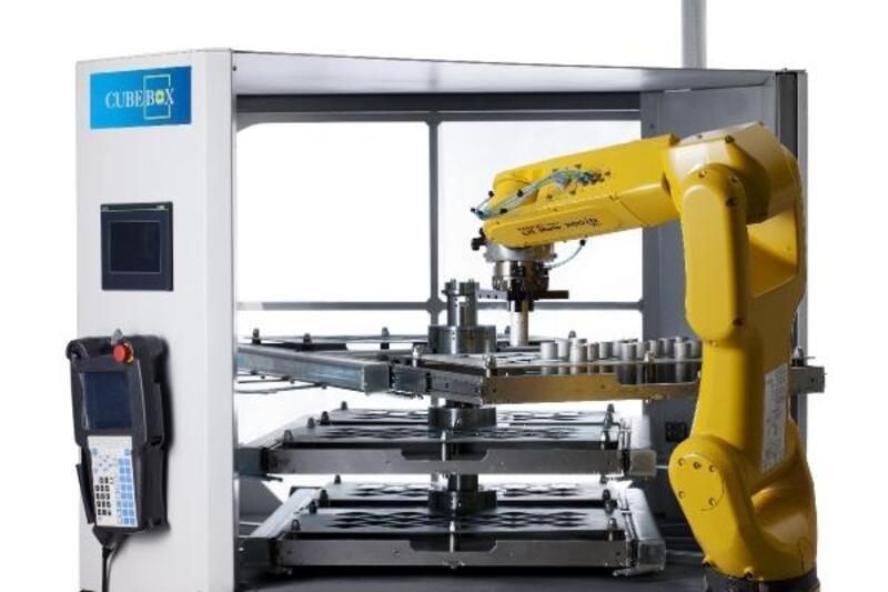 Giriş-çıkış bağlantıyla 11 robot - 34 makina haberleşebiliyor