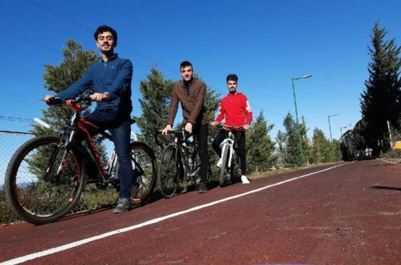 Gençler, bisikletleriyle balkan turuna çıktı