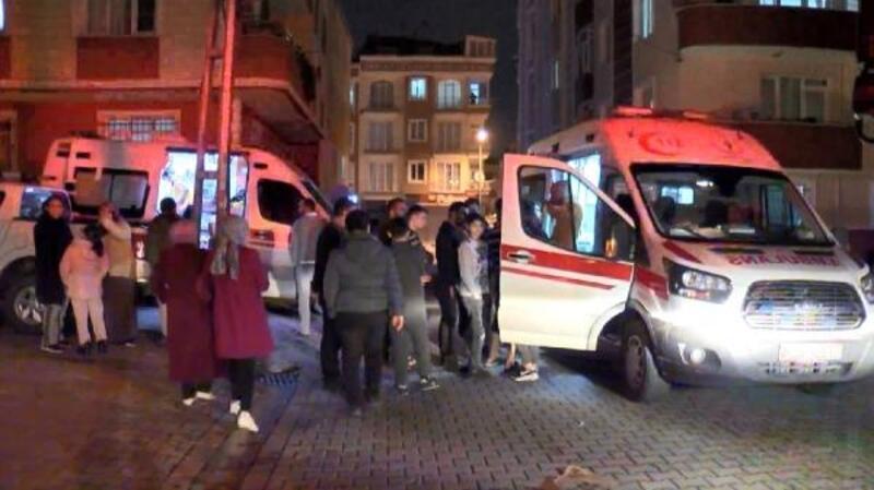 Esenyurt'ta korkutan yangın: 5'i çocuk 10 kişi dumandan etkilendi