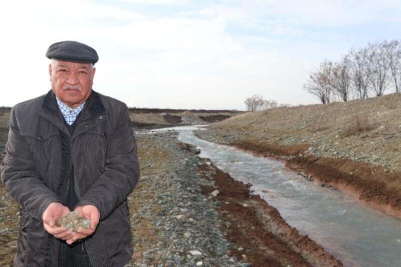 Elazığ depreminde yıkılan binalarda Kuyulu Deresi'nin kumu kullanılmış
