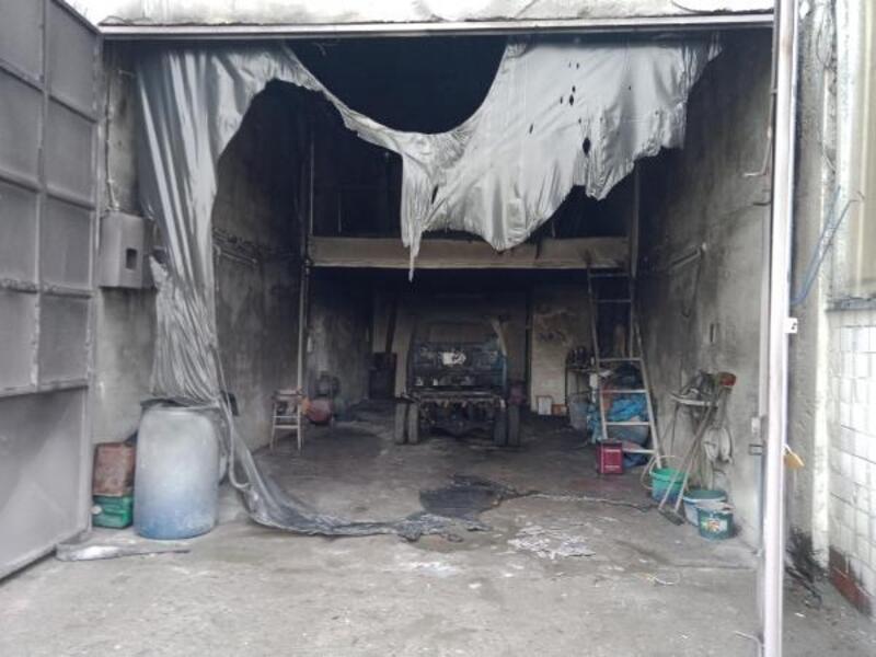 Mustafakemalpaşa'daki boyahane dükkanında yangın