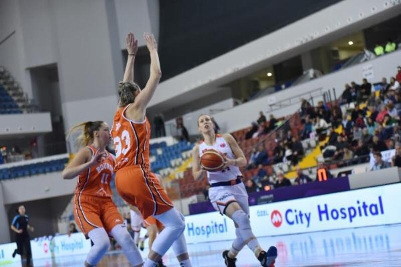 ÇBK Mersin Yenişehir Belediyesi – Bourges Basket: 50-88