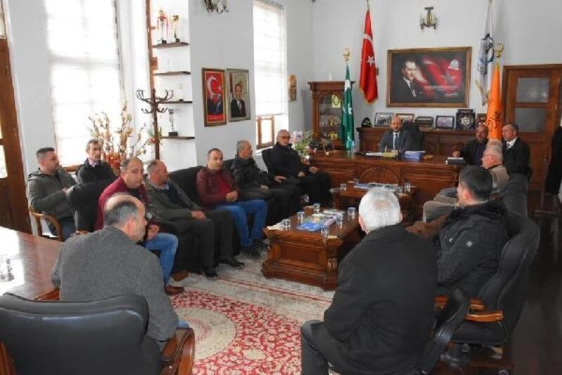 Başkan Özcan, otogar esnafı ile bir araya geldi