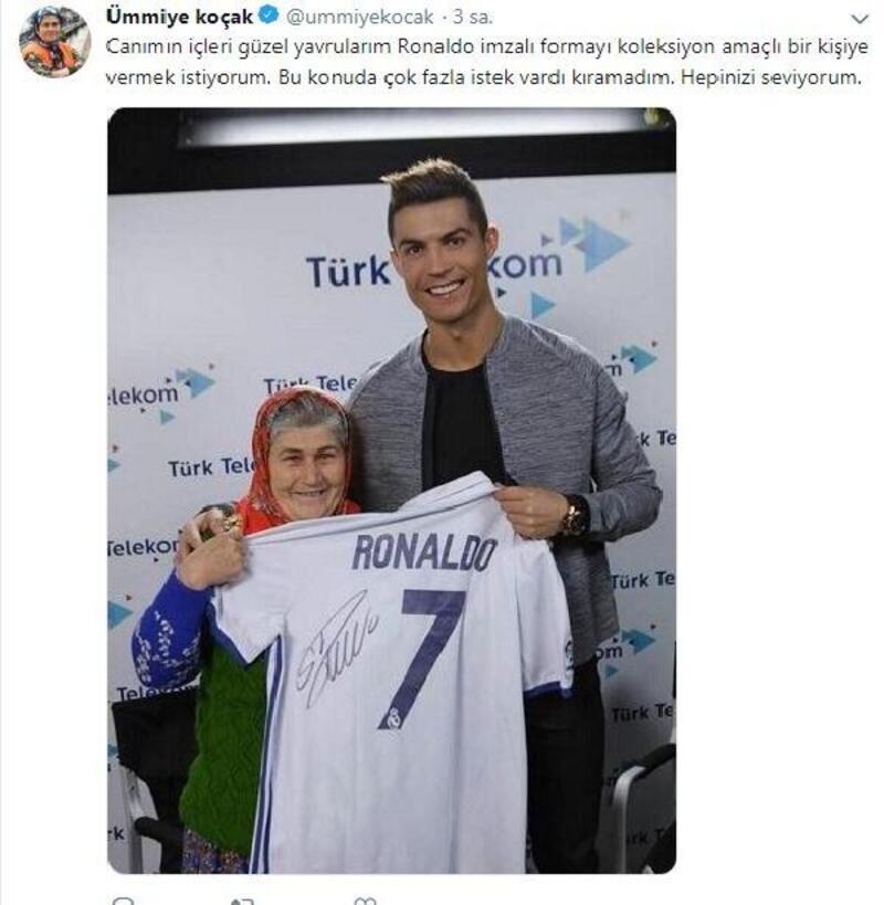 Ümmiye Koçak, Ronaldo imzalı formasını bir takipçisine hediye edecek