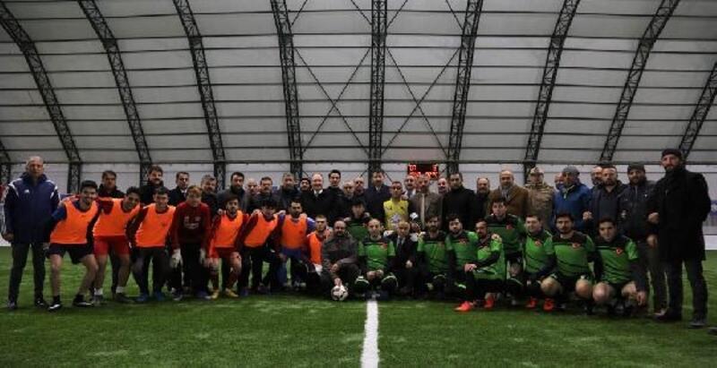 Sivas'ta mahalleler arası futbol turnuvası sonuçlandı