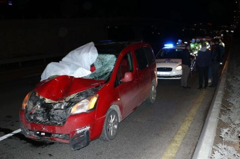 Ankara'da hafif ticari aracın çarptığı kişi öldü