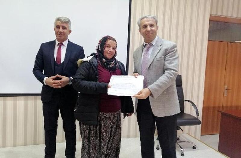 48 kursiyere sürü yönetimi elemanı sertifikası