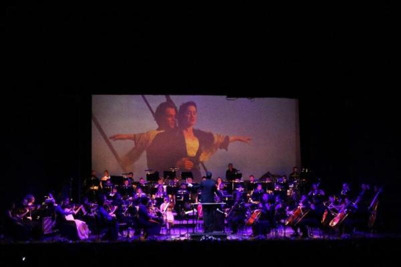 MDOB'dan sevgililere özel konser