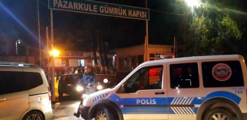 Edirne'de, polisten kaçan sürücü Pazarkule Sınır Kapısı'nda yakalandı