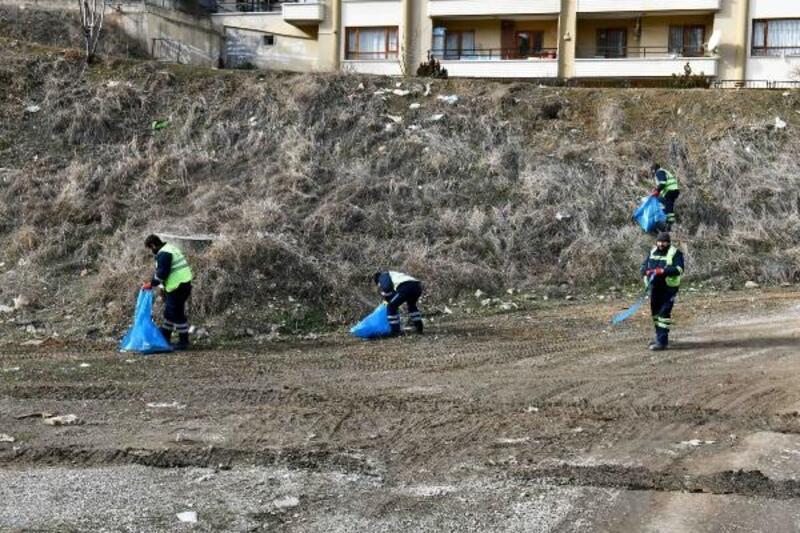 Öveçler Vadisi'nde temizlik çalışması