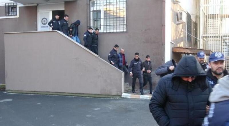 İstanbul'a götürme vaadiyle kandırıp Gebze'de taksicilere teslim ettiler
