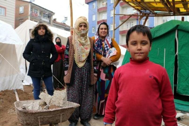 Kuşadası'ndan Elazığlı 15 aileye daha yardım gidecek