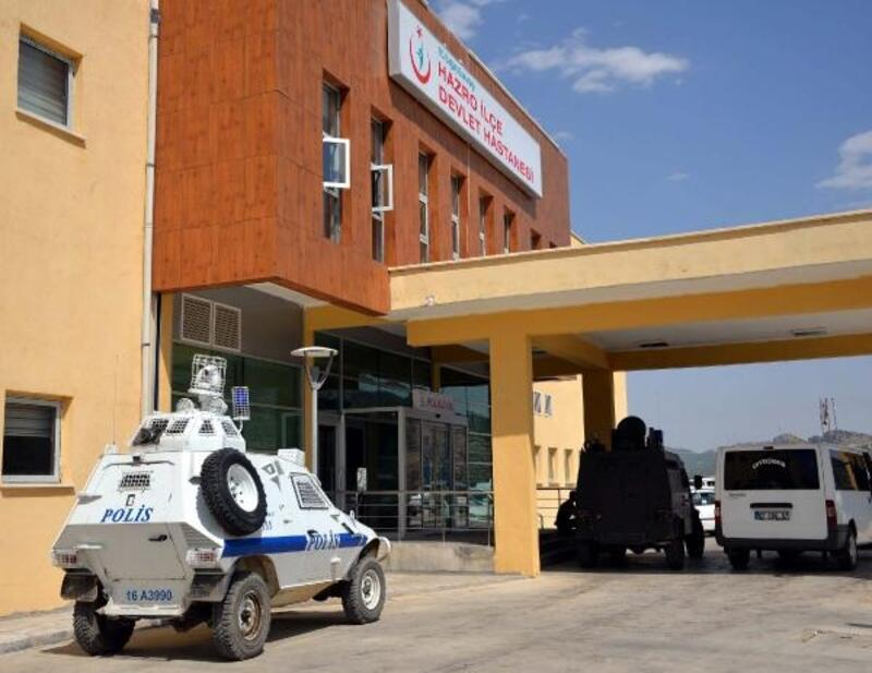 Diyarbakır'da otomobiller çarpıştı: 1 ölü, 5 yaralı
