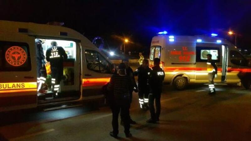 Edirne'de iki araç çarpıştı: 4 yaralı