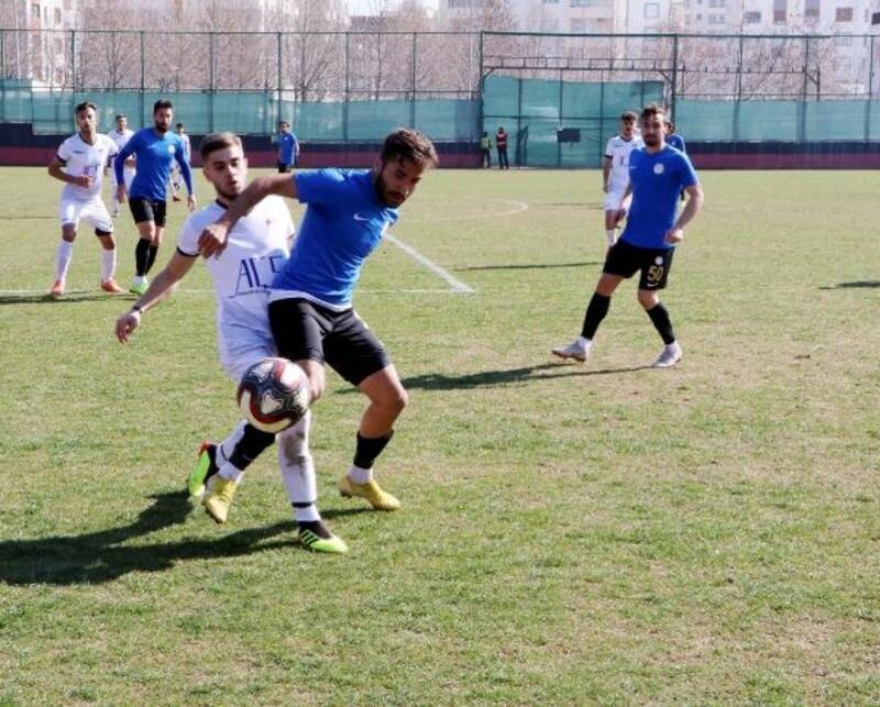 Karbel Karaköprüspor - Manisaspor: 3-1