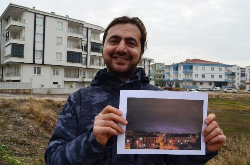 Aksaray'da yıldırımla Türkiye haritası oluştu