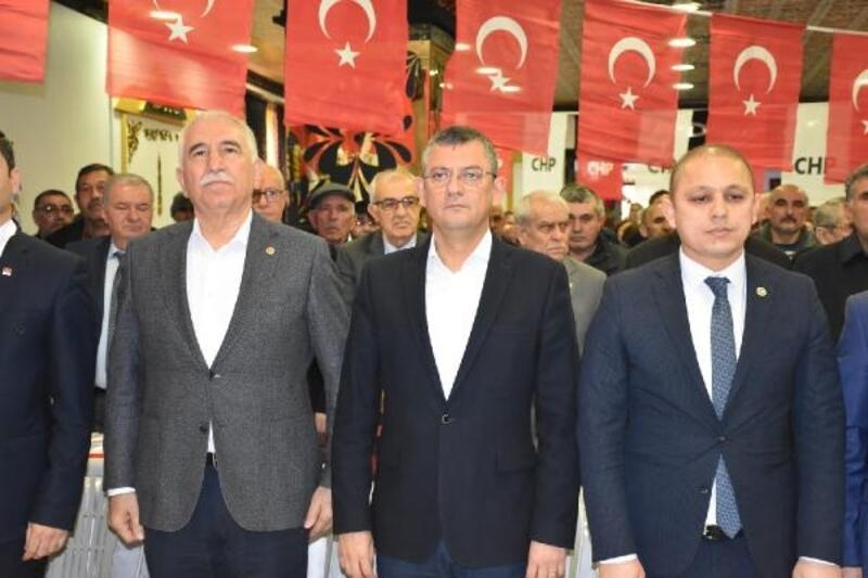 CHP'li Özel: Erken seçime dünden razıyız