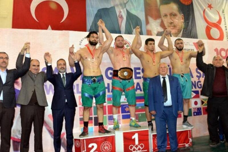 Şalvar Güreşi'nde dünya şampiyonu Türkiye oldu