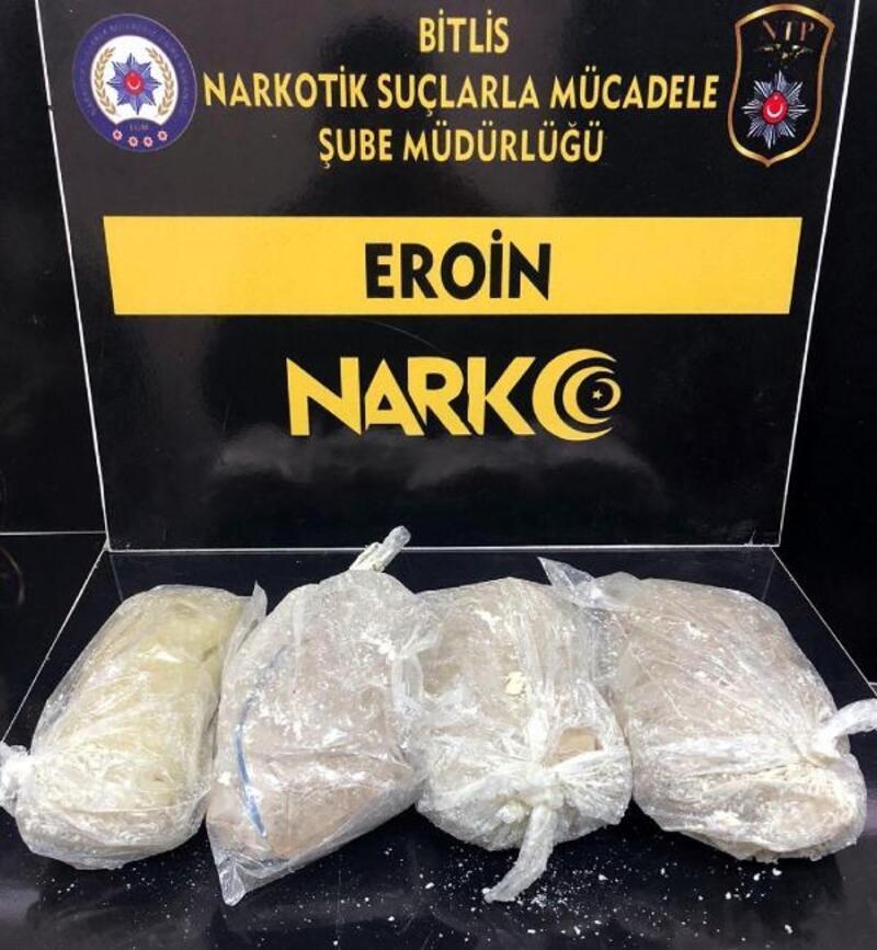 Bitlis'te yolcu otobüsünde 2 kilo eroin ele geçirildi