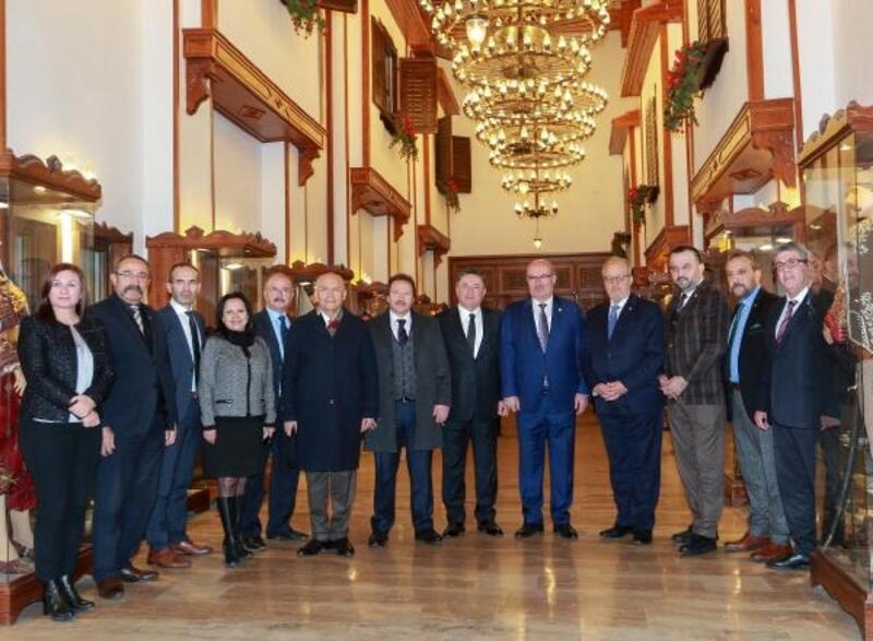 Başkan Yaşar, ATO heyeti ile bir araya geldi