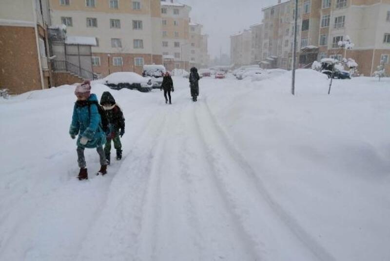 Sivas'ın İmranlı ilçesinde okullara kar tatili