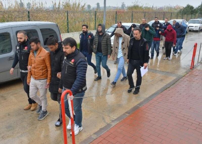 Adana'da uyuşturucu ticaretine 5 tutuklama