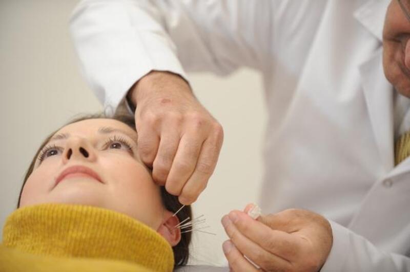 Akupunktur, birçok hastalığın tedavisinde kullanılıyor