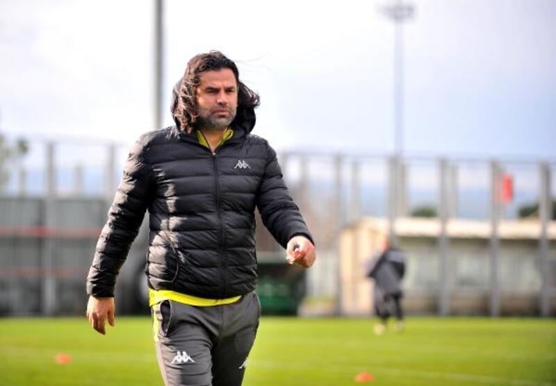 İbrahim Üzülmez: Osmanlıspor maçıyla çıkış sergilemek istiyoruz
