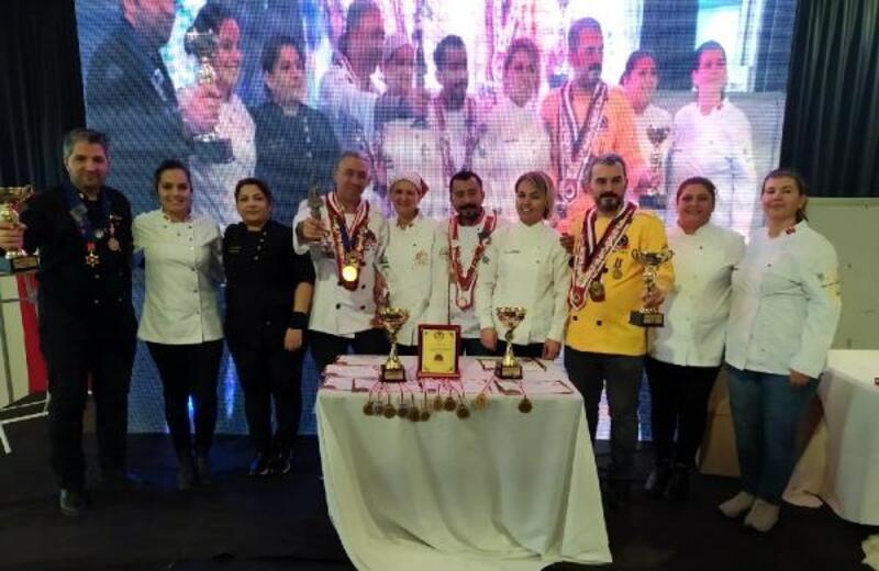 Adanalı aşçılar uluslararası gastronomi festivalinde 2 kupa 12 madalya kazandı