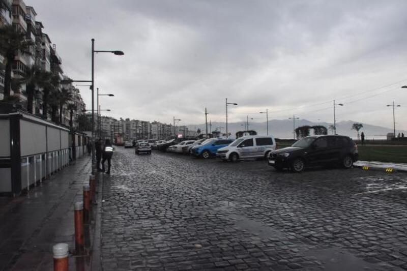 İzmir'de esnaftan belediyeye su baskınına karşı önlem çağrısı
