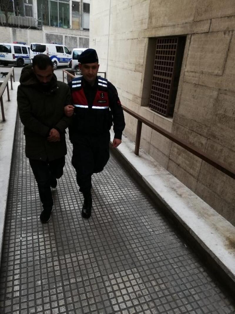 Kovalamacada yakalanan uyuşturucu satıcısı tutuklandı