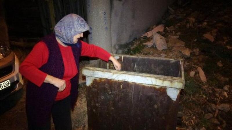 Evde doğum yapan 14 yaşındaki anne, bebeğini çöp konteynerine attı