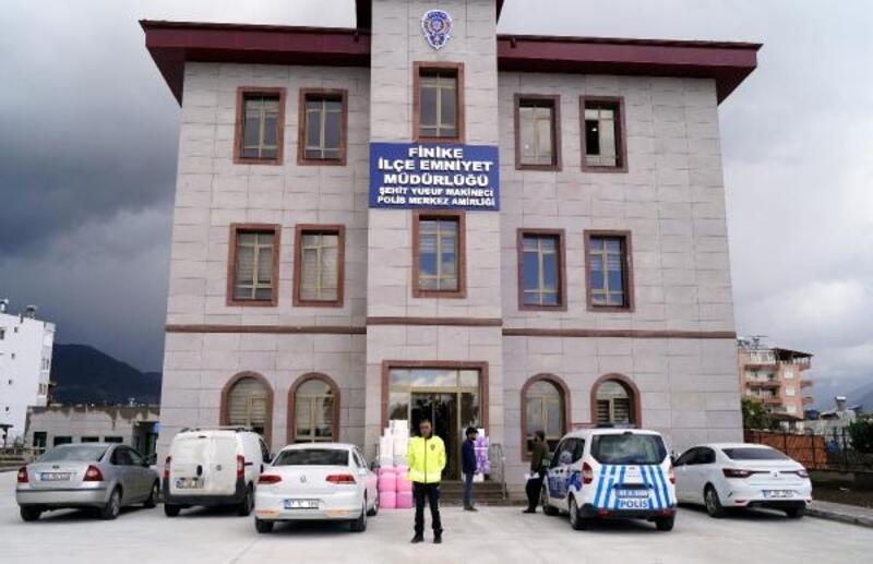 Finike Emniyet Müdürlüğü yeni binasına taşındı