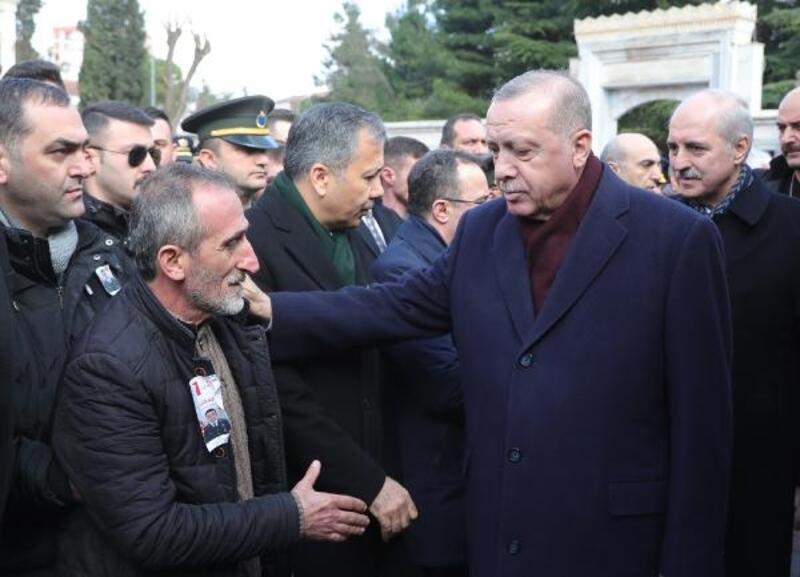 Cumhurbaşkanı Erdoğan Van şehidi Cihan Erat'ın cenazesine katıldı