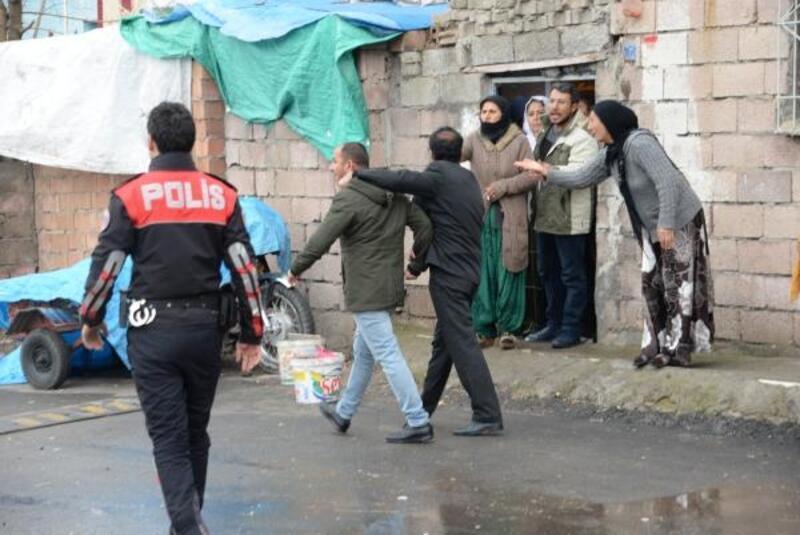 Diyarbakır'da kuzenlere silahlı saldırı: 1 yaralı