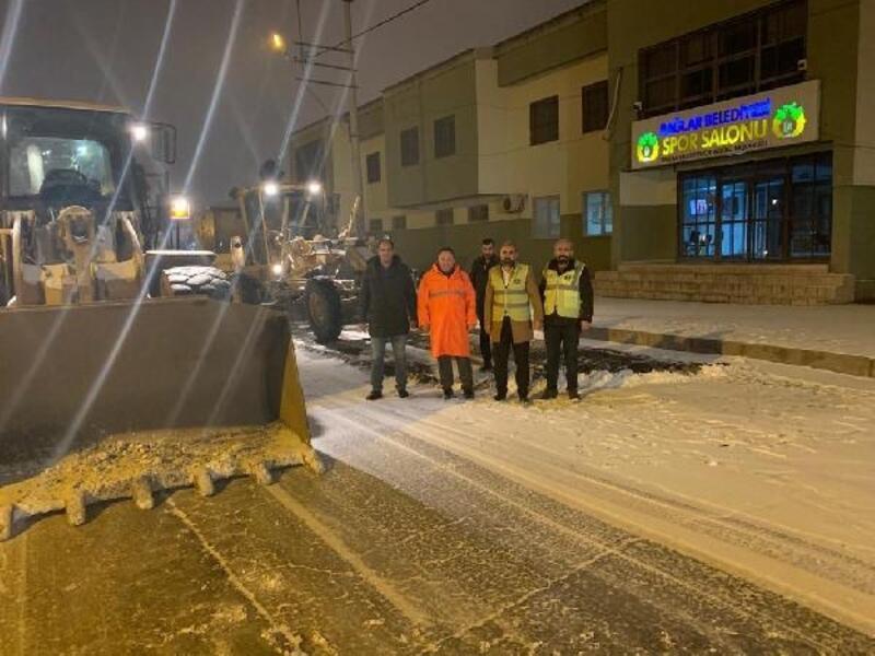 Başkan Beyoğlu, kar temizle çalışmasına katıldı