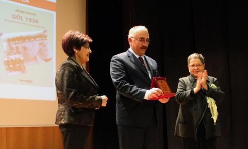'Beşir Göğüş Ödülü' Mehmet Saydur'a verildi