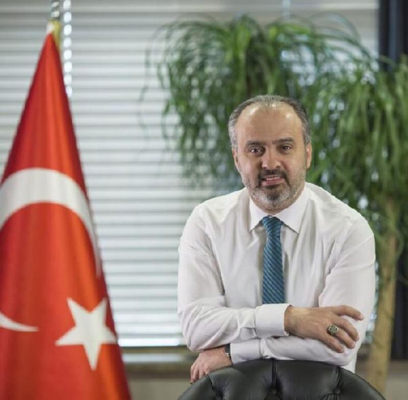 Başkan Aktaş, sevgililer gününde Bursa'ya şiir yazdı