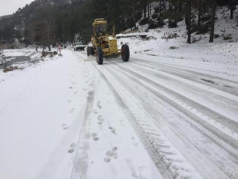Osmaniye'de karla mücadele çalışmaları