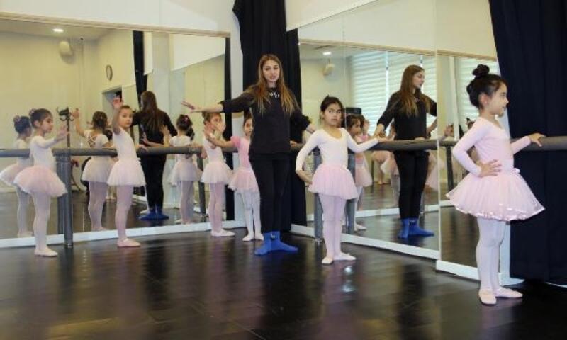 Çankaya'nın minikleri bale kurslarında derslere başladı