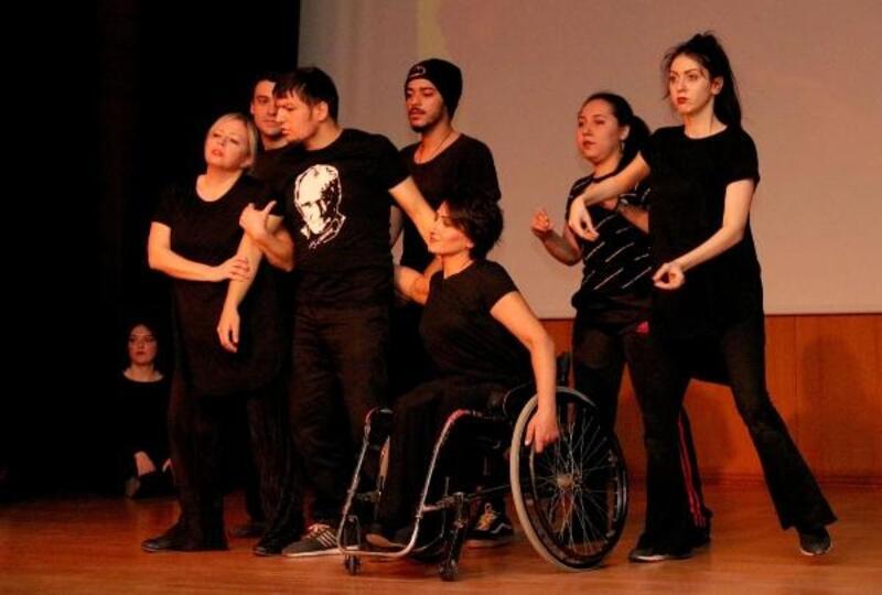 Engelliler için dans ettiler