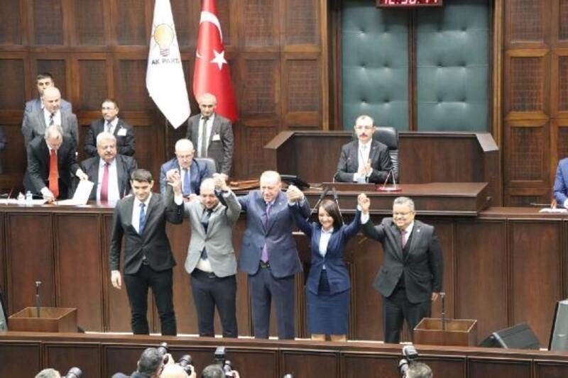 Bilecik'te bağımsız belediye başkanları Ak Parti'ye katıldı