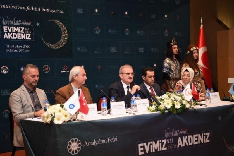 Antalya'da fetih mottosu '813 Yıldır Evimiz Akdeniz'